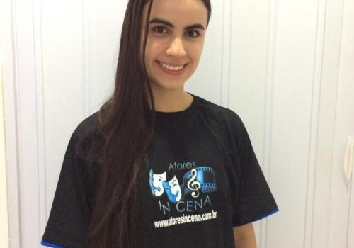 Monalisa Lima – Professora de Teclado